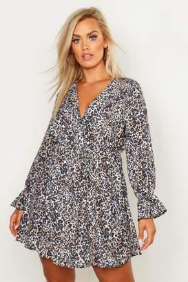 boohoo Plus Leopard Ruffle Plunge Smock Dress