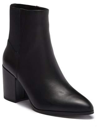 Steve Madden Jeez Leather Block Heel Boot