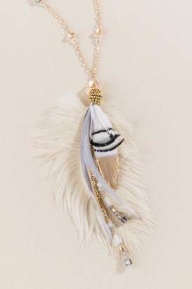 francesca's Cindy Feather Pendant Necklace - Ivory