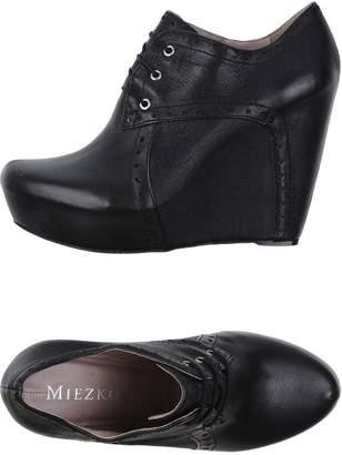 Miezko Lace-up shoes