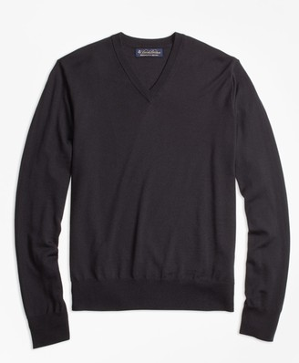 Brooks Brothers BrooksTech Merino Wool V-Neck Sweater