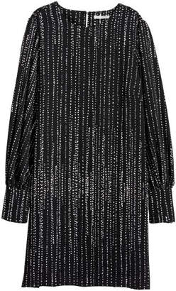 H&M Dress with Puff Sleeves - Black