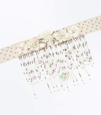 New Look Off White Flower Tassel Drop Choker