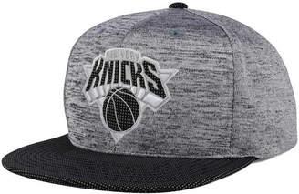 Mitchell & Ness New York Knicks Space Knit Snapback Cap