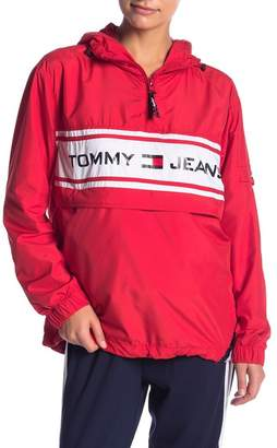Tommy Jeans '90s Popover Graphic Jacket