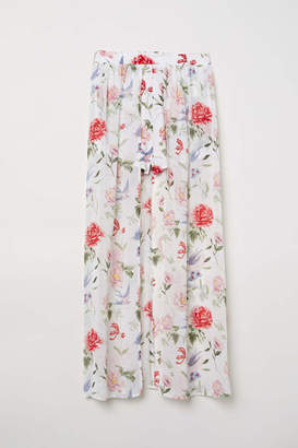 H&M Shorts with Long Skirt - White/floral - Women