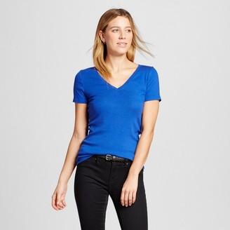 Merona Women's Ultimate V-Neck T-Shirt $8 thestylecure.com