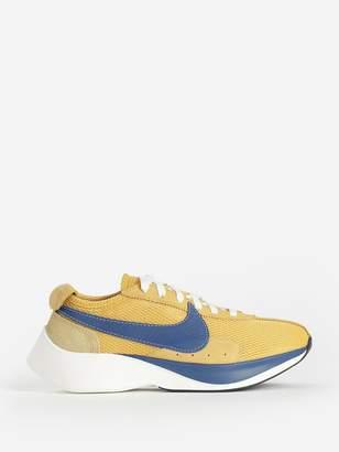 Nike YELLOW MOON RACER QS SNEAKERS