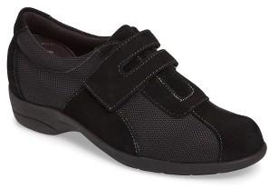 Women's Munro Joliet Sneaker $224.95 thestylecure.com