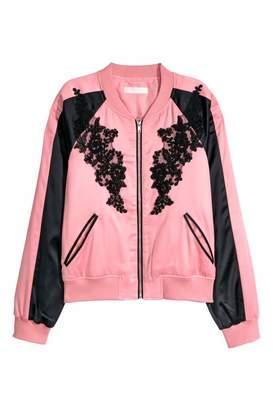 H&M Short Satin Bomber Jacket - Light pink/black - Women