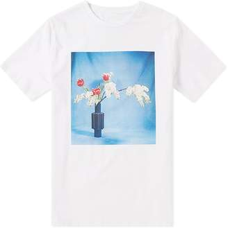 IDEA Ikebana Red Tulips Tee