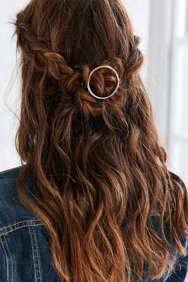 Urban Outfitters Mini Margot Hair Pin $12 thestylecure.com