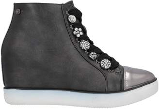 06 MILANO High-tops & sneakers - Item 11717294PU