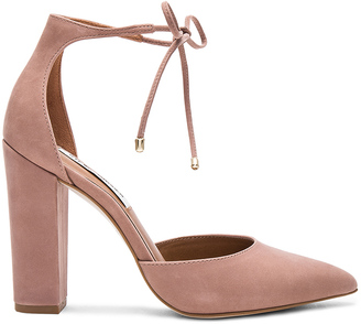 Steve Madden Pampered Heel $100 thestylecure.com