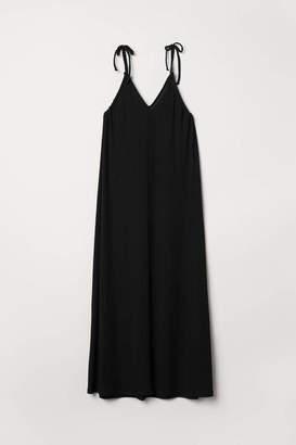 H&M Oversized Maxi Dress