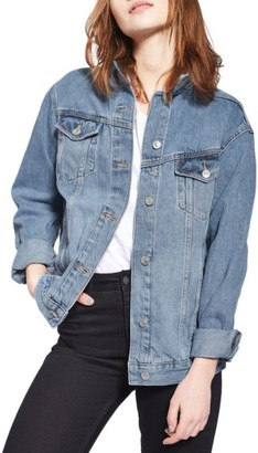 Women's Topshop Oversize Denim Jacket $90 thestylecure.com