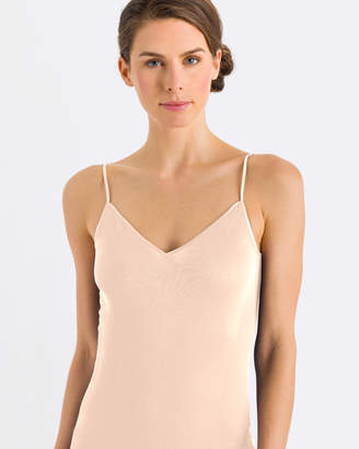 Hanro Cotton Seamless V-Neck Spaghetti Top