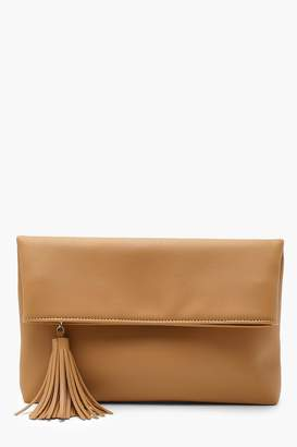 boohoo Foldover Tassel Clutch With Chain
