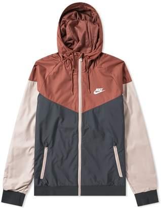 Nike Wind Runner Jacket