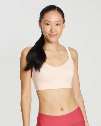 Under Armour Breathelux Mid Sports Bra