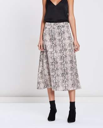 Mng Boa Skirt