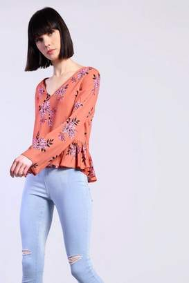 Glamorous Womens **Floral Print Blouse By Petites