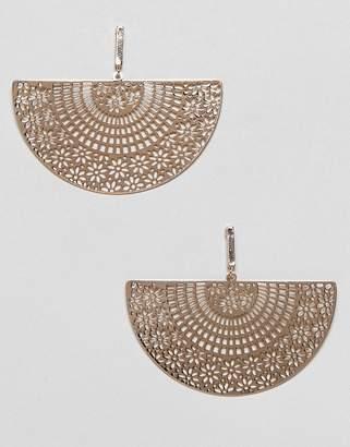 Asos (エイソス) - ASOS DESIGN earrings with filigree half disc in gold