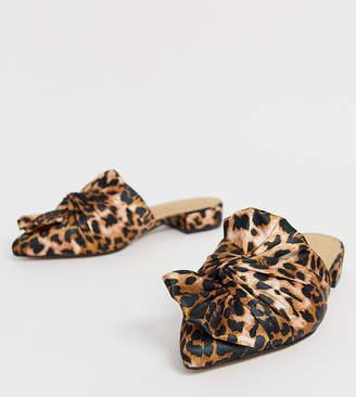 Asos Design DESIGN Wide Fit Vitto bow mules in leopard