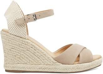 Joydyn Wedge Sandals