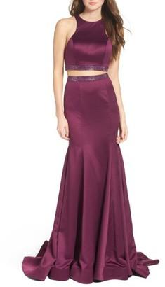 Women's La Femme Two-Piece Mermaid Gown $388 thestylecure.com