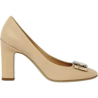 Salvatore Ferragamo Beige Leather Mid heel