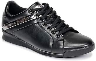 GUESS NEW GEORG men's Shoes (Trainers) in Black
