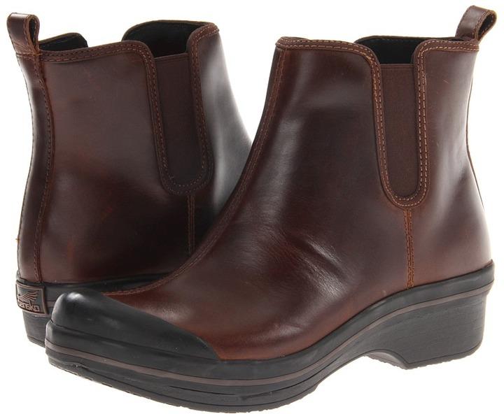Dansko Vail (Brown Pull-Up) - Footwear