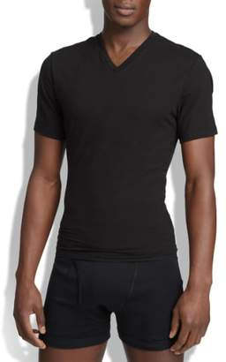 Spanx R) V-Neck Cotton Compression T-Shirt