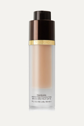 Tom Ford Traceless Perfecting Foundation Broad Spectrum Spf15 - Ivory Vellum 02