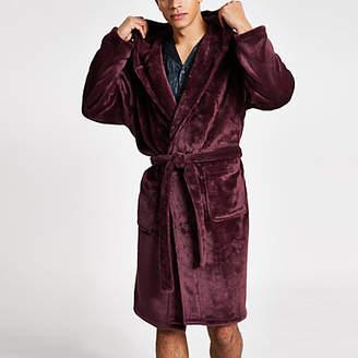 River Island Burgundy wasp embossed fleece dressing gown