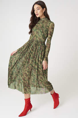 Na Kd Trend Mesh LS Midi Dress Army Green