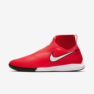 Nike Indoor/Court Soccer Cleat React Phantom Vision Pro Dynamic Fit IC