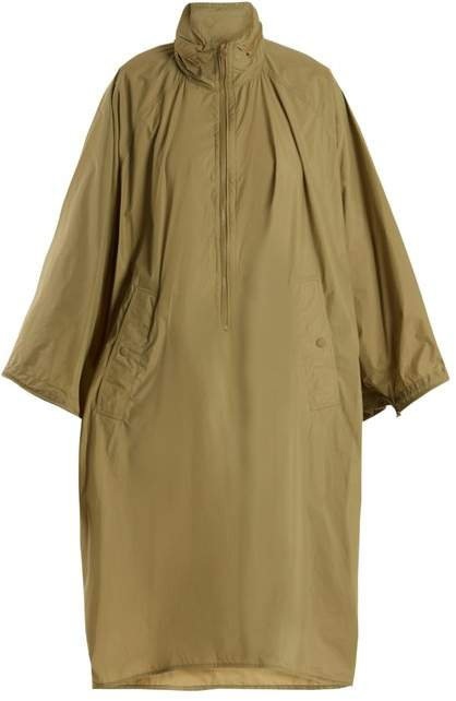 Christo funnel-collar lightweight cape