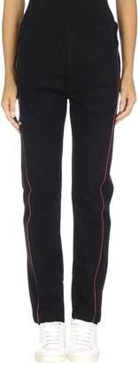 Alexander McQueen Casual pants - Item 13052788DT