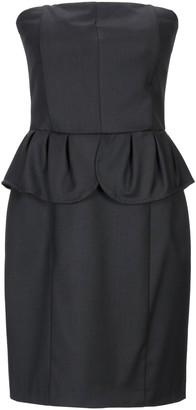 Divina Short dresses