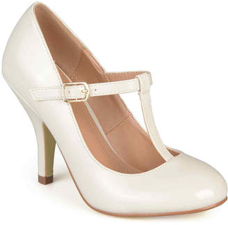 Journee Collection Lessah Pumps