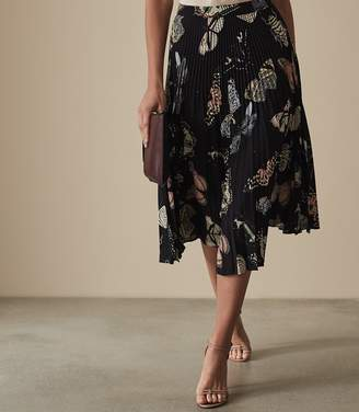 Reiss Our last order date for Christmas has now passed SARAH BUTTERFLY PRINTED MIDI SKIRT Multi