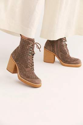 Jeffrey Campbell Fair And Square Platform Boots