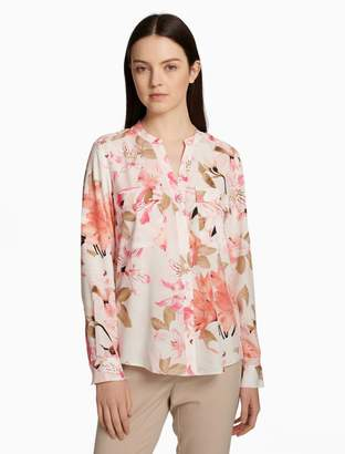 Calvin Klein printed roll sleeve button-front blouse