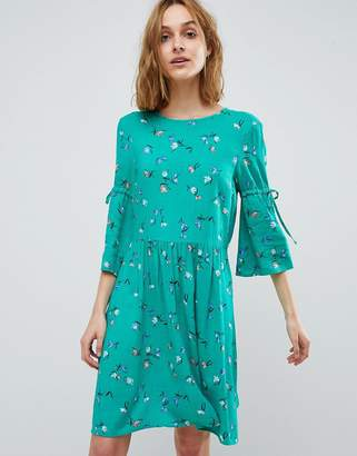 Vero Moda ditsy printed mini skater dress with tie sleeves in green
