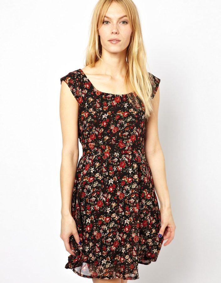 Yumi Winter Floral Dress - Black