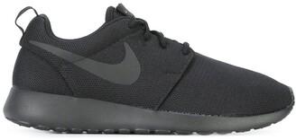Nike 'Roshe One' sneakers