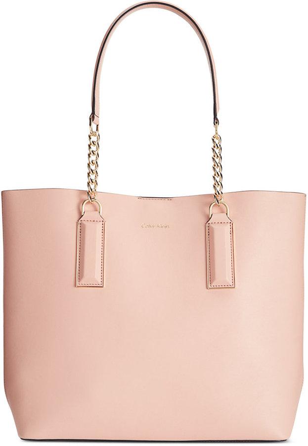 Calvin KleinCalvin Klein Smooth Premium Leather Chain Tote