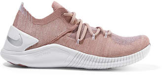Nike Free Tr 3 Flyknit Sneakers - Antique rose